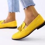 Женские туфли без каблука замшевые горчица лоферы