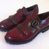 Мега стильные лаковые туфли лоферы , броги фирмы batа размер 36 оригинал