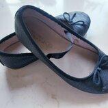 Туфли балетки Zara 30 размер, 19 см. стелька. Сменка