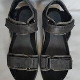 Босоножки сандалии Clarks. uk7G