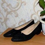 Стильные черные кожанные туфли Gabor на каблуке,39 размер Новые