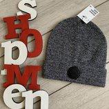 Стильная демисезонная шапка на мальчика от H&M Британия