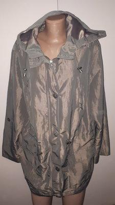 22р куртка-ветровка Maine идеальное состояние рукав от плеча 64 плечи 48 под подмышками спереди 69 п
