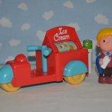 Фирменный набор вагончик фургончик с мороженным и человечком ELC Happyland Хеппи Ленд