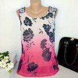Брендовая яркая шифоновая блуза без рукавов топ per una принт цветы