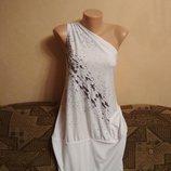 Стрейчевое платье LOOK