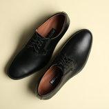 Мужские кожаные классические туфли.