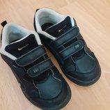 Фирменные кроссовочки Nike р. 27