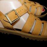 38 разм. Timberland сандалии. Кожа Длина по внутренней стельке - 24 см,
