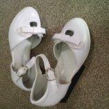 Белые нарядные туфельки на каблучке р 23 24 25 26 27 28 29 30