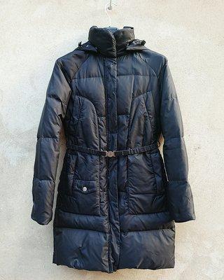 Пуховик женский, черная зимняя куртка United Colors of Benetton