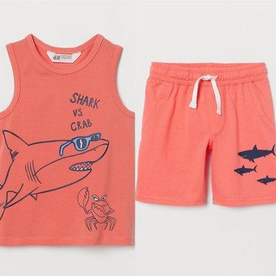Костюм на мальчика H&M шорты и майка принт Акулы
