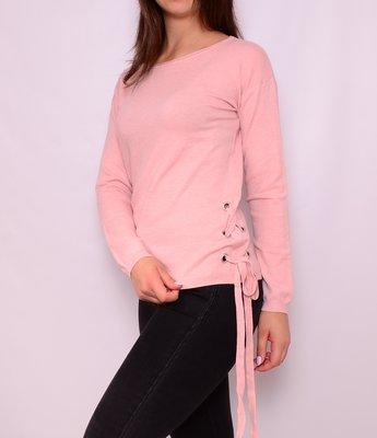 Шерстяные свитера со шнуровкой по бокам. Европа