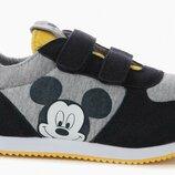 Кроссовки miсkey Mouse Zippy Португалия .Размер 34,стелька 22см