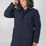 Зимняя мужская удлинённая куртка
