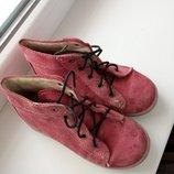 Продам ботинки 26р кожаные.