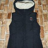 жилетка теплая 12 лет Hollister большой выбор одежды 1-16 лет