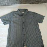 Классная рубашка в школу на худенького мальчика 9-11 лет