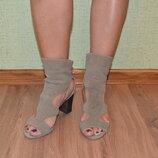 Кожаные босоножки Zara Оригинал-Испания . Размер 37