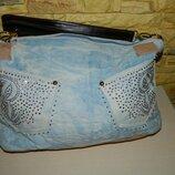 Сумка женская джинсовая светло-голубая с камнями.