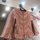 Красивая куртка- жакет в Пудровом цвете