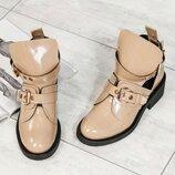 Код 4062 Демисезонные открытые ботинки Натуральная лаковая кожа Кожаная внутренняя часть Высота кабл