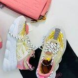 Женские кроссовки Versace