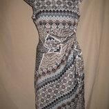 Отличное платье Selection р-р10