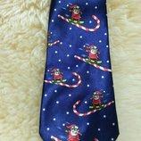 Стильный фирменный новогодний галстук