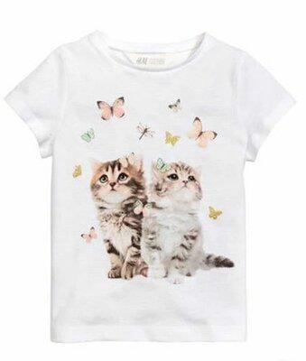 футболка для девочки 4-6 лет hm . Кошки , бабочки. Футболка для дівчинки з котиками .