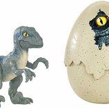 Jurassic World динозавр Велоцираптор синий в яйце FMB92 Hatch 'n Play Dinos Velociraptor Blue