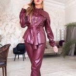 Шикарный кожаный брючный костюм на трикотажной основе скл.1 арт.58613