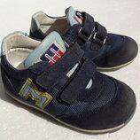 Minimen. Полностью кожаные кроссовки 14,5 см по стельке. 23 размер.