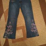 Очень стильные джинсы клеш фирмы Arizona