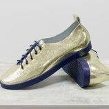 туфли-кеды очень легкие и удобные