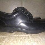Кожанные туфли MARKS&SPENCER р-р43 ст-ка29 см состояние новых