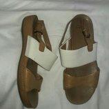 Босоножки кожаные clarks 37-38 размер