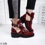 Женские ботинки Balenciaga натуральный лак