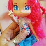 Famosa piny куколка