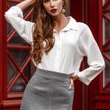 Блуза сдержанного кроя