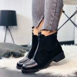 Женские стильные замшевые ботинки