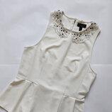 Блуза с красивым украшением TOPSHOP
