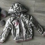 Бомбезные курточки-металлик с капюшоном весна/осень 98/104 и 122/128см