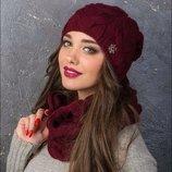 Набор шапка и шарф хомут разные цвета