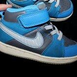 24 разм. Кроссовки Nike 13, 5 см. Made in Indonesia. состояние новых