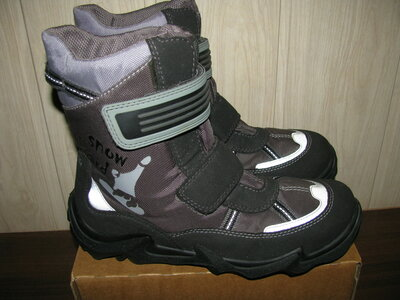 Сапожки чоботи брендові зимові теплі SUPERFIT GORE TEX Оригінал р 39 стелька 25 см