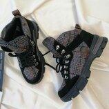 Качественные, стильные, комфортные, мягкие, удобные, все эти качества в одних ботиночка.