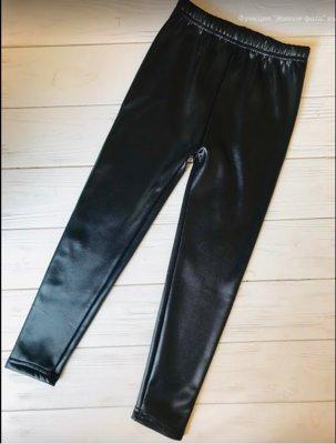 Практичные узкачи теплые лосины под кожу для девочек на черной меховушке
