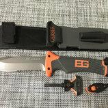 Нож для выживания, туристический Gerber Bear Grylls Replica в чехле с огнивом и свистком
