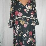 Красивое платье с цветочным принтом большого размера Simply Be 24p